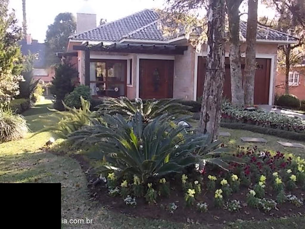 CasaVenda em Gramado no bairro Condomínio
