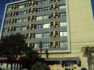 Sala comercial em Porto Alegre no Bairro Sarandi